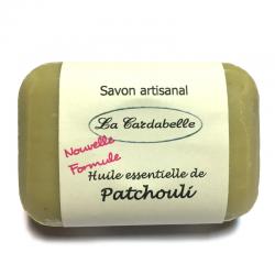 Savon base huile d'olive et huile de coco avec de l'huile essentielle de patchouli et du miel bio