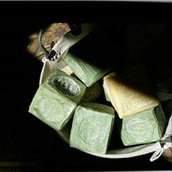 Bloc de savon de Marseille 300 gr vert